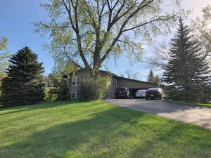 3505 North Ohlman St, Mitchell, SD 57301