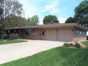 407 Memorial Drive, Platte, SD 57369