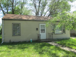 1017 E 2nd, Mitchell, SD 57301