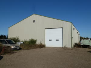 24540 350th Ave, Pukwana, SD 57370