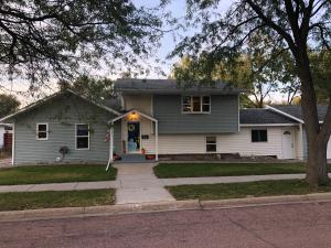 506 W Birch Ave, Mitchell, SD 57301
