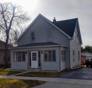 1115 E 3rd Ave, Mitchell, SD 57301