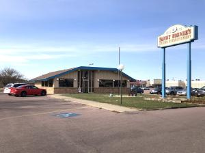 1691 N Main St, Mitchell, SD 57301