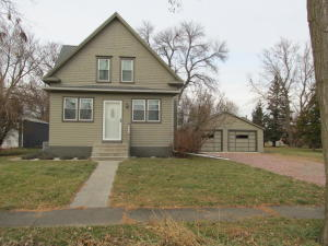 730 6th S St, Alexandria, SD 57311