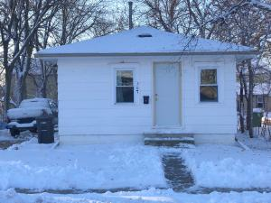 507 W 9th Ave, Mitchell, SD 57301