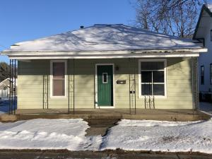 700 E 1st Ave, Mitchell, SD 57301