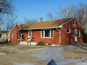 118 North St NE, Wagner, SD 57380