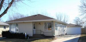 330 N 5th St, Emery, SD 57332