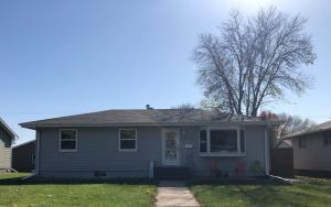 1515 E 3rd Ave, Mitchell, SD 57301