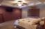 Very spacious Master Suite
