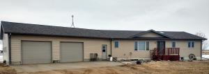 25240 414th Ave, Mitchell, SD 57301
