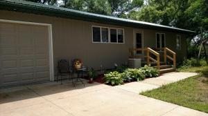 38505 Chalk Rock Rd, Wagner, SD 57380