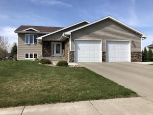 1800 Snead Ave, Mitchell, SD 57301