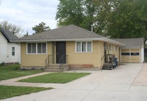 212 W 13th Ave, Mitchell, SD 57301