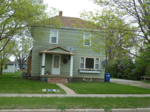 208 E 11th Ave, Mitchell, SD 57301