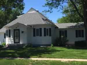 201 NW High Ave, Wagner, SD 57380