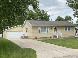 1208 State Ave, Mitchell, SD 57301