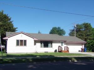 114 N Foster St, Mitchell, SD 57301
