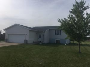 502 1/2 Delevan Ct., White Lake, SD 57383