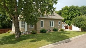 522 S Lawler St, Mitchell, SD 57301
