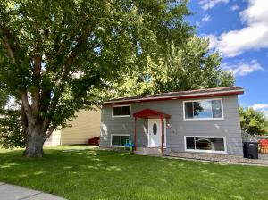 1524 E Hanson Ave, Mitchell, SD 57301