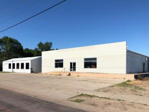 723 N Rowley St, Mitchell, SD 57301