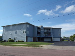 920 W Norway Unit 203 Ave, Mitchell, SD 57301