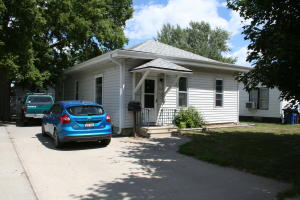 712 E 7TH Ave, Mitchell, SD 57301