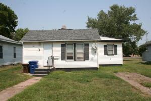 716 E 7th Ave, Mitchell, SD 57301