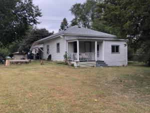 423 S Montana St, Mitchell, SD 57301