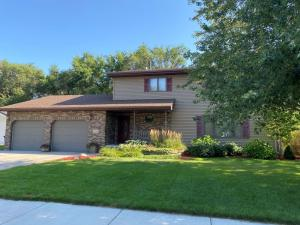 1511 Pebble Beach Rd, Mitchell, SD 00057