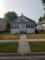 717 E 1st Ave, Mitchell, SD 57301