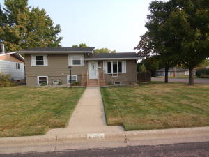 1100 W 5th Ave, Mitchell, SD 57301