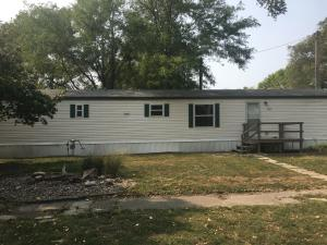 109 S Cotton Ave, Mount Vernon, SD 57363