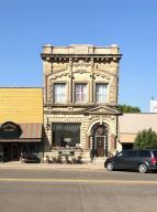 404 S Main St, Platte, SD 57369