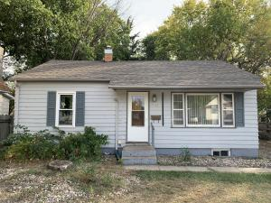 1115 E 2nd Ave, Mitchell, SD 57301