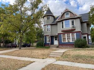 200 W 3rd Ave, Mitchell, SD 57301