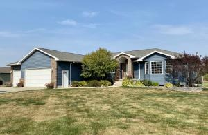 40660 252nd St, Mitchell, SD 57301