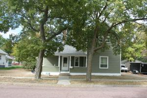 505 S EDMUNDS St, Mitchell, SD 57301