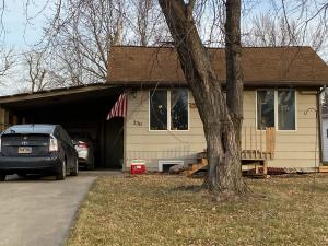330 E Essex Ave, Salem, SD 57058