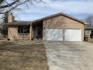 1004 Palmer Place, Mitchell, SD 57301