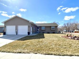 401 Charles St, Mitchell, SD 57301