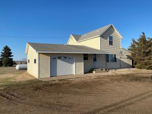 25183 415th Ave, Mitchell, SD 57301
