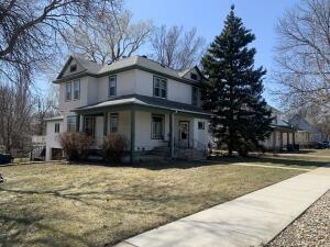 1001 W 4th St, Mitchell, SD 57301