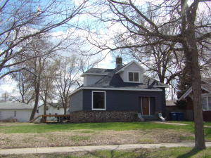 621 E 1st Ave, Mitchell, SD 57301