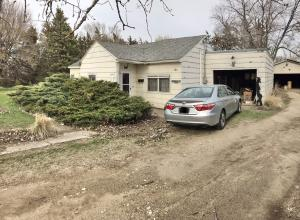 104 S 10th Ave, Woonsocket, SD 57385