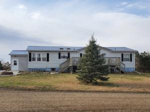 38370 252nd St, Plankinton, SD 57368