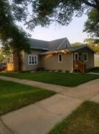 800 E 6th Ave, Mitchell, SD 57301