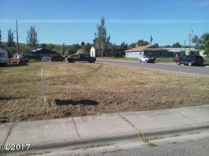 309 9th Avenue West, Polson, MT 59860