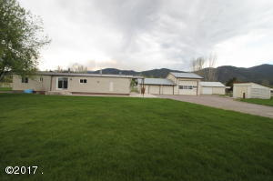 19500 Moonlight Drive, Frenchtown, MT 59834
